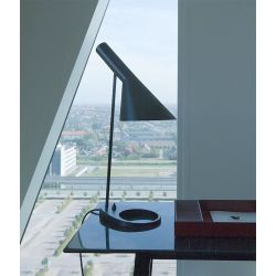 Lámpara de Mesa AJ TABLE Louis Poulsen